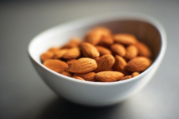 AL Mandeln in Schale - Mandeln senken Kalorien-Aufnahme