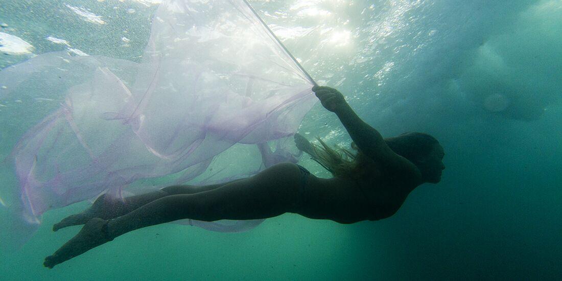 AL-The-Butterfly-Effect-Be-the-Effect-women-in-watersports-IMG_3611 (jpg)