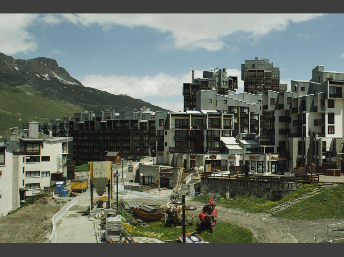OD-0413-PEAK-KINOFILM-Bauarbeiten (jpg)