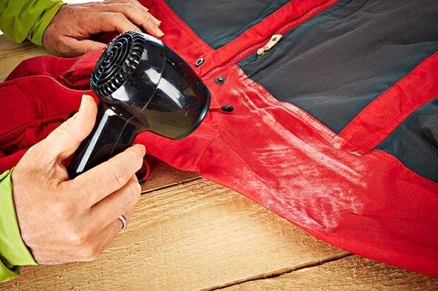OD 0516 Basislager Instructor Wachs imprägnieren Kleidung Pflege Fjällräven Einföhnen