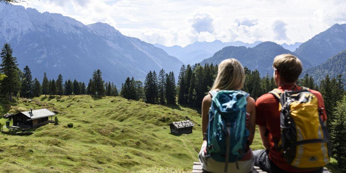 OD-2018-Bayern-Sonderheft-Buckelwiesen-Alpenwelt-Karwendel-8b Kranzberg Panorama