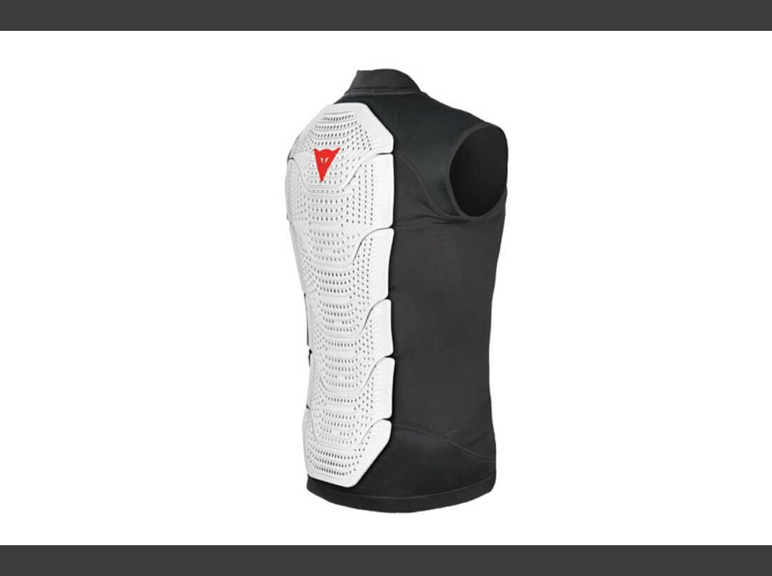 PS ISPO 2015 Accessoires - Dainese Gilet Manis