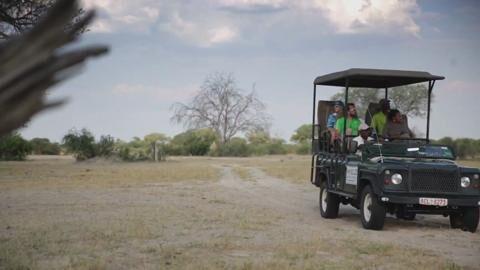 Simbabwe: Slacklining im afrikanischen Busch