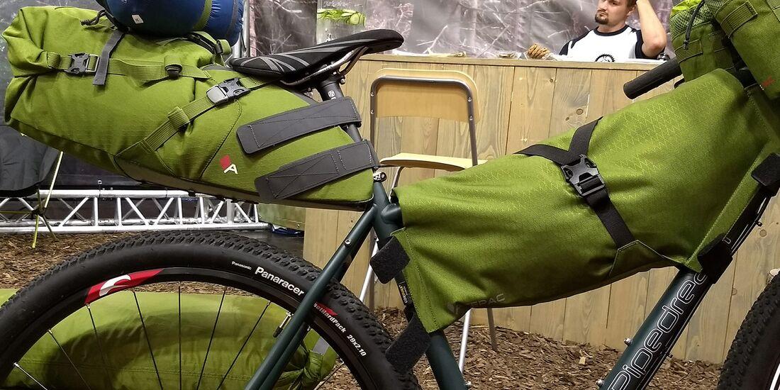 mb-bikepacking-acepak-01.jpg