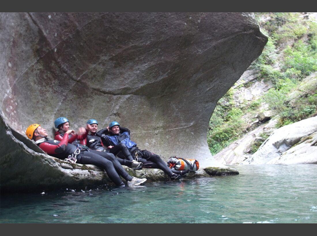 od-2015-canyoning-bergwasser-9x (jpg)